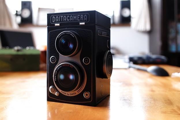 2021.01.06 居間 KALDI オリジナル レフレックスカメラ缶チョコレート