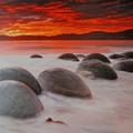 写真: 不思議な石