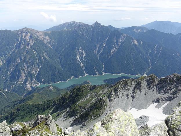 大汝山から黒部ダムを見下ろす 12:34