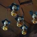 写真: 尊仏山荘のランプ