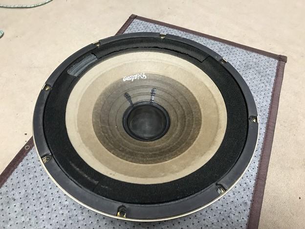 ダイヤトーン R305のウーファー スポンジ交換 5