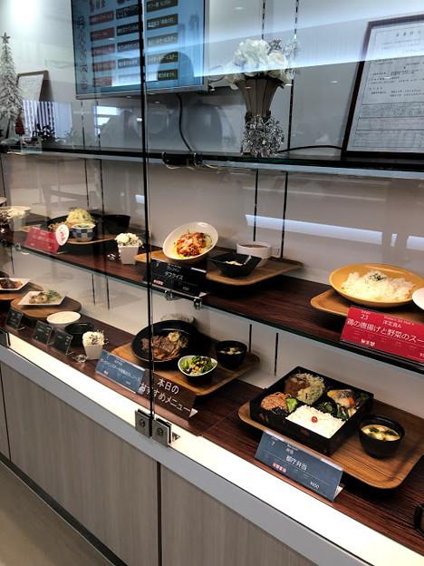 新宿 都庁の食堂メニューは豊富。行くなら時間をずらすのがおススメ