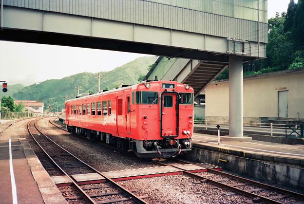 三江線普通列車、浜原駅