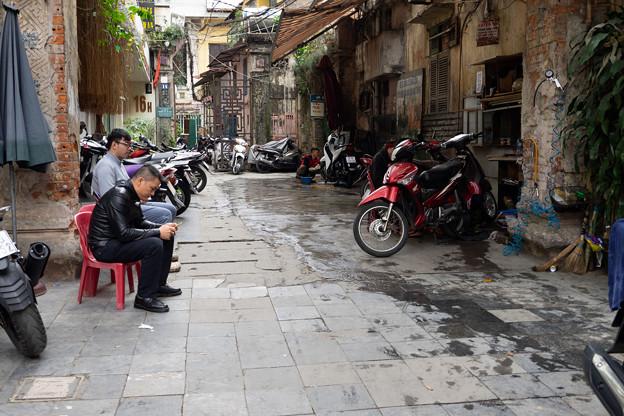 Photos: ハノイの路地裏にて