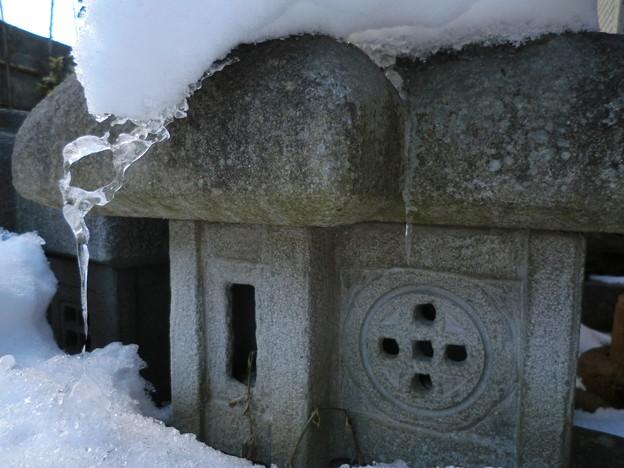 Photos: 雪国の民家