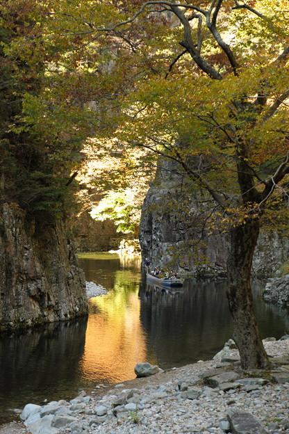 秋の三段峡(黒淵にて)