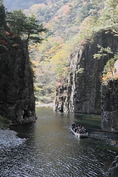 秋の三段峡黒淵にて