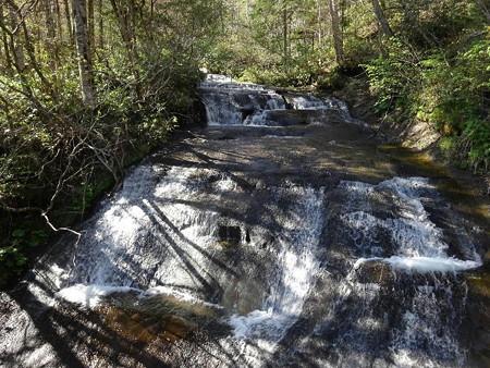 170517-09ラルマナイの滝