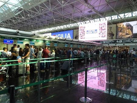 180818-3ローマ空港