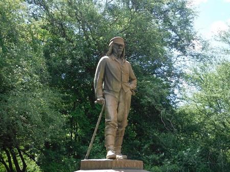 190220-21リヴィングストン像