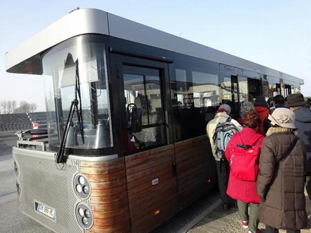 200123-02シャトルバス