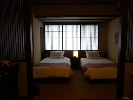 200803-29三二一号室