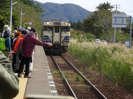 201016-03列車