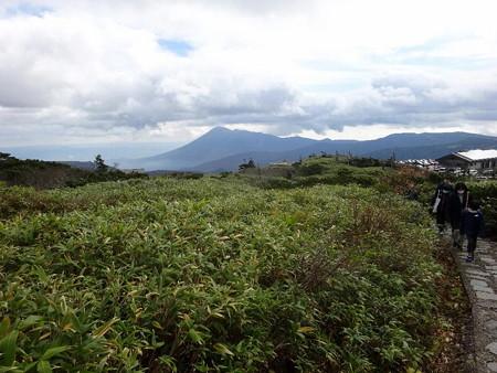201018-04岩手山
