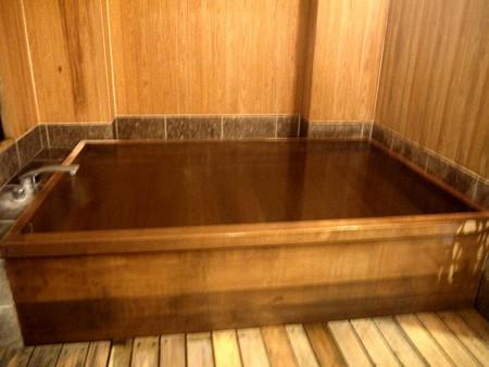 201111-22檜風呂