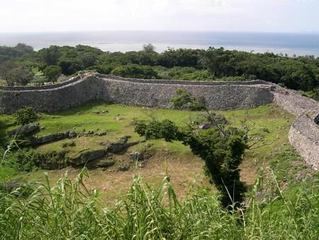 070620-1大隅の城壁