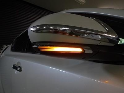 C-HR ドアミラーウインカーLED取付 オレンジ