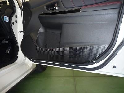 S4 千葉県 ドアパネル傷防止カーボンシート貼り込み
