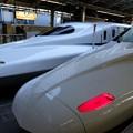 写真: 東海道新幹線が三台