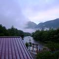 写真: バルコニーから5時の河童橋方面