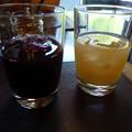 写真: 3赤ブドウジュースと白桃ジュース