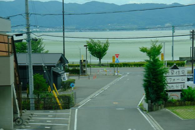 車窓から諏訪湖