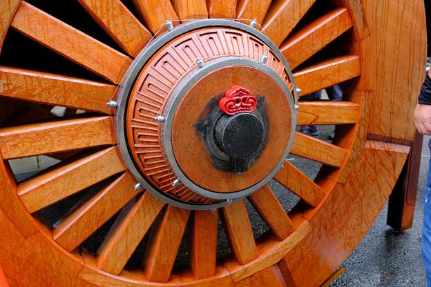龍門滝山の車輪