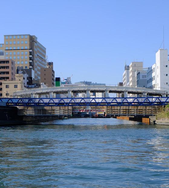 日本橋川にかかる豊海橋
