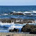 写真: 昼の海(波)