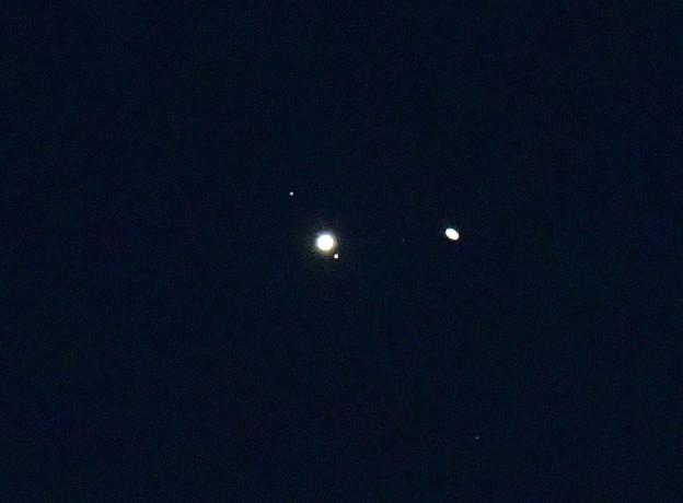 Photos: 22日の木星と土星