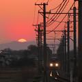 写真: 電車待ってたらマジ日が暮れちまった(笑)