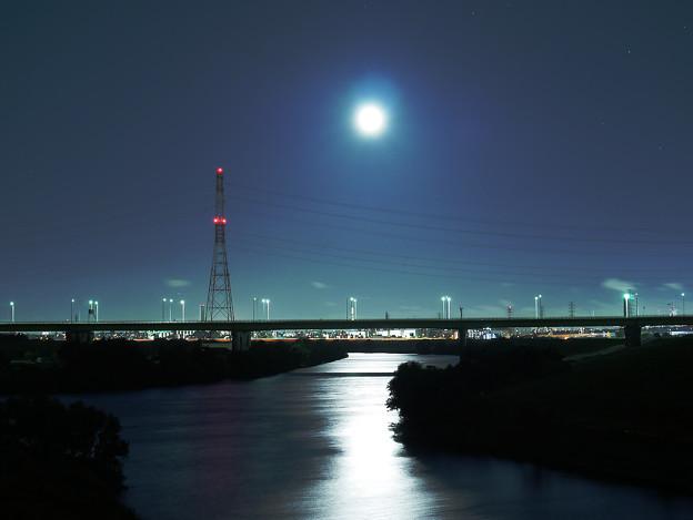 写真: 幸魂大橋