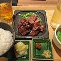 Photos: 熟成牛タン定食&ハイボール