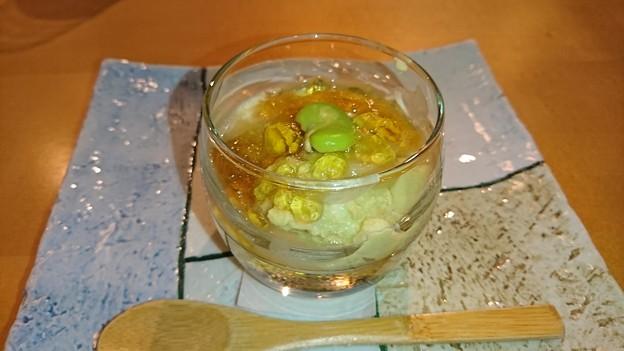 蚕豆と新玉葱の冷製