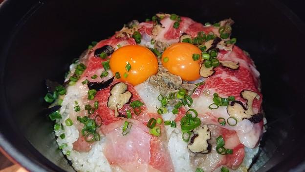 (22)ストウブのひつまぶし風牛トリュフご飯