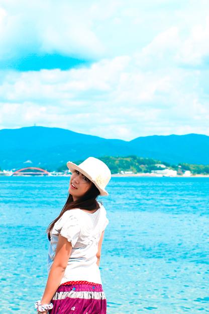 Photos: 海と山と空と君