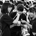 Photos: 部活前の小腹ごしらえ?