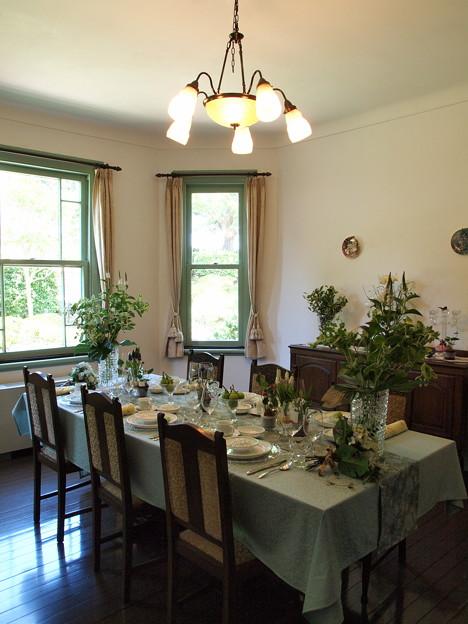 夏の日のランチ・テーブル