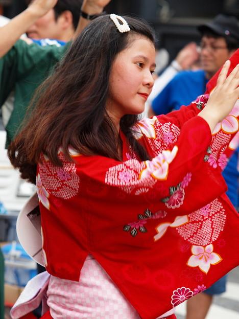 農兵節パレード~異国人も踊る