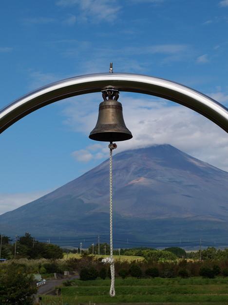 この鐘を鳴らすのは…