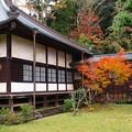 Photos: 山寺の境内は秋色