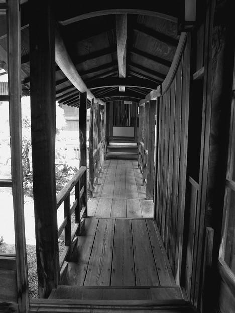 古の渡り廊下