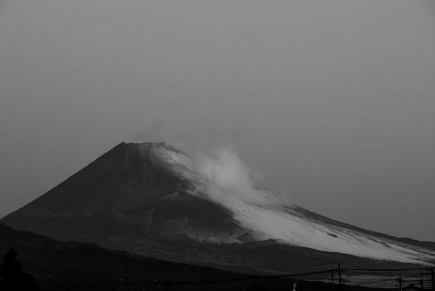 仮面を被った富士のお山