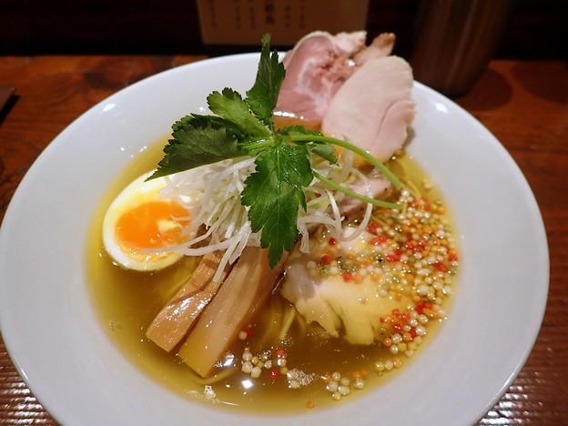 鶏中華そば塩・細麺+チャーシュー2枚@麺酒 一照庵・岡山市北区