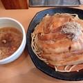 とろカレーつけ麺・中太麺・大盛@魚とん・千代田区小川町