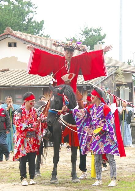 武良祭り(5)、拝馬の神事