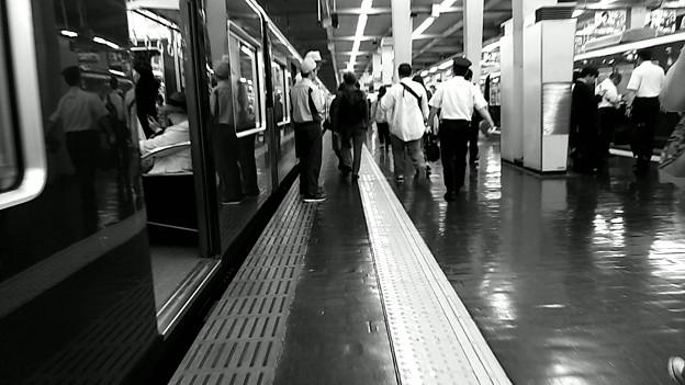 今夜の御堂筋線阪急電車能勢電車。7