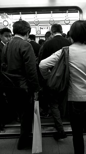 今夜の御堂筋線阪急日生エクスプレス、定期券売場経由~そのいち。5