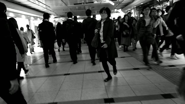 今夜の御堂筋線阪急日生エクスプレス、定期券売場経由~そのいち。8