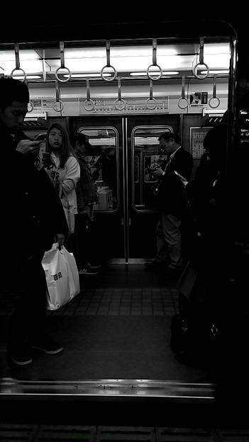 今夜の御堂筋線阪急日生エクスプレス、定期券売場経由~そのに。4